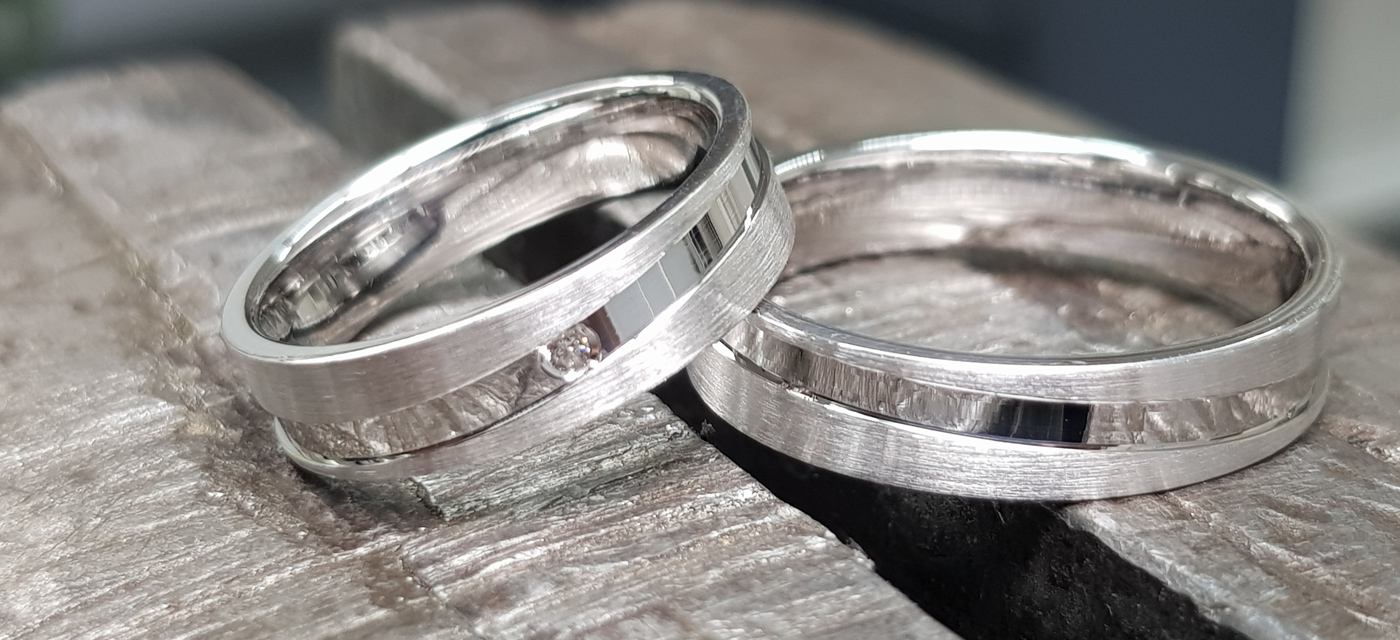 Zilver gerhodineerd, ring model Z19